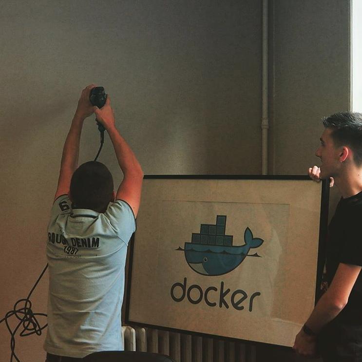 Docker cadre Wanadev